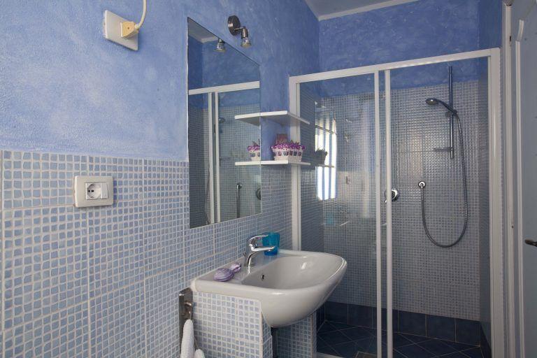 Baia_de_Bahas_Bathroom R