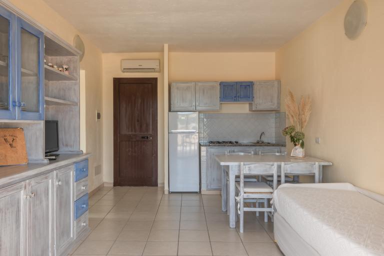 Trilo CSC9 Living + Kitchen