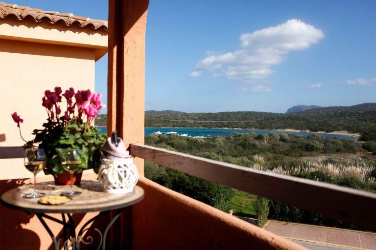 residence-baia-de-bahas-mono-balcone-1