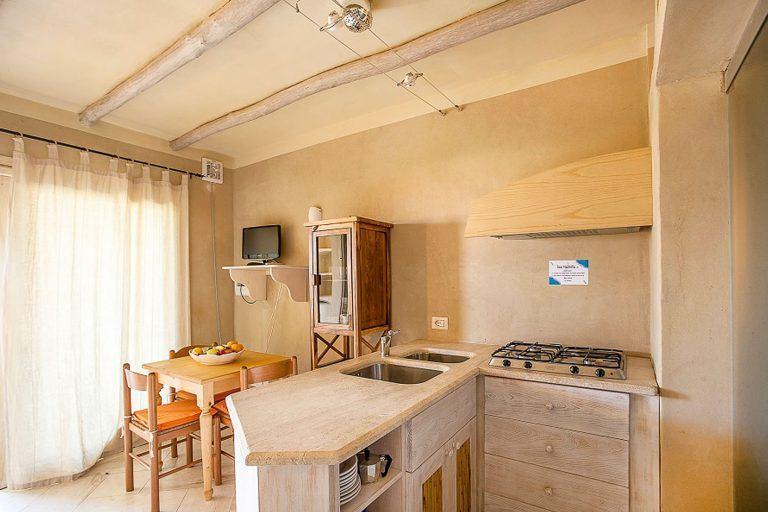 residence-baia-de-bahas-mono3-zona-giorno-1